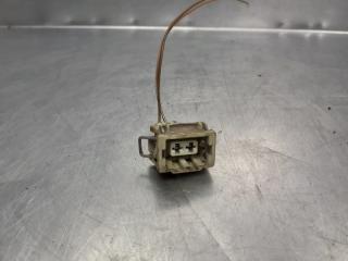 Запчасть разъем 2-штекерн. AUDI A4 [B5] 1994-2001 1995