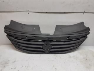 Запчасть решетка радиатора Renault Logan
