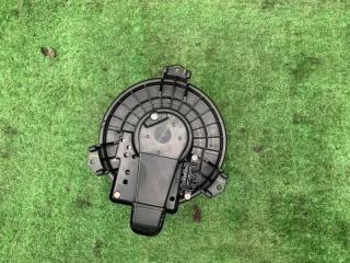 Запчасть мотор печки передний TOYOTA Wish 2010
