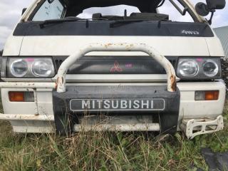 Бампер передний MITSUBISHI Delica 1991