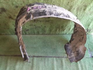 Подкрылок передний правый MITSUBISHI Pajero