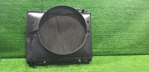 Радиатор ДВС передний NISSAN Elgrand 1997