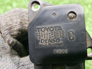 Запчасть датчик расхода воздуха передний TOYOTA Corolla 2002