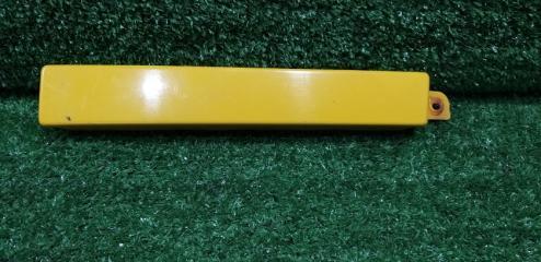 Планка под фару передняя правая TOYOTA Hilux surf
