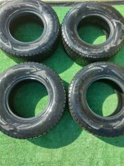 Комплект из 4-х Шина R15 / 265 / 70 Dunlop WinterMax SJ8 (б/у)