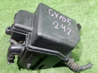 Корпус воздушного фильтра TOYOTA Mark II 2000