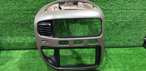 Консоль магнитофона передний Mitsubishi Delica