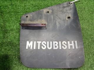Запчасть брызговик задний правый Mitsubishi Pajero  junior