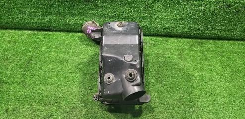 Запчасть корпус воздушного фильтра TOYOTA Corolla Runx 2002