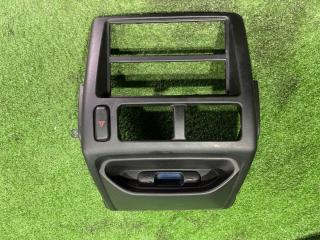 Запчасть консоль магнитофона передний MITSUBISHI Pajero Mini