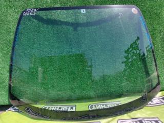 Стекло лобовое переднее Mitsubishi Delica