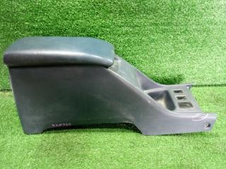 Бардачок между сиденьями Toyota Hilux Surf