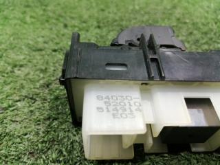Кнопка стеклоподъемника передняя левая IST 2002 NCP65 1NZFE
