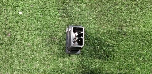 Кнопка включения кондиционера передняя