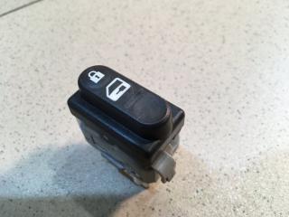 Запчасть кнопка центрального замка Nissan Qashqai 2006-2014