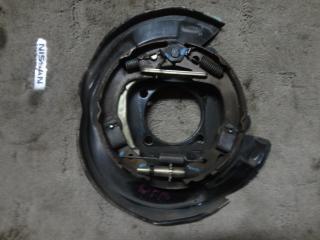Запчасть к-кт установочный колодок ручного тормоза правый Toyota Opa 2000-2005