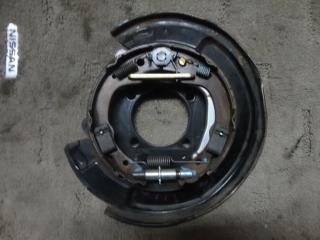 Запчасть к-кт установочный колодок ручного тормоза левый Toyota Opa 2000-2005