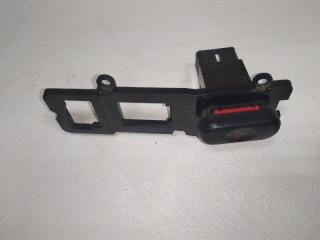 Запчасть кнопка аварийной сигнализации Mitsubishi Pajero Sport 1997-2008