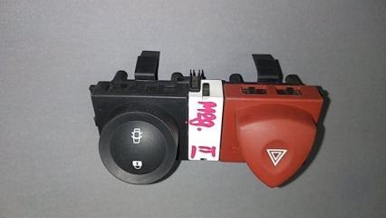 Запчасть кнопка аварийной сигнализации Renault Megane 2 2002-2009