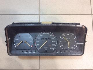 Запчасть панель приборов Volkswagen Passat 1988-1993