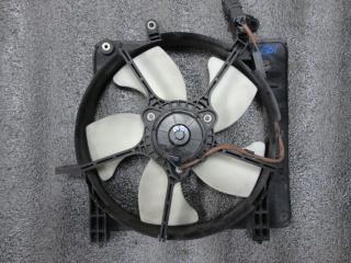 Запчасть диффузор радиатора Honda Jazz 2004-2007