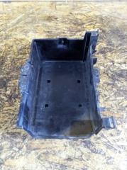 Крепление аккумулятора Ford Mondeo 3