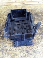 Запчасть крепление аккумулятора Citroen C 2