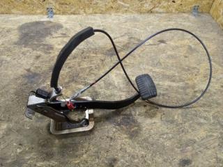 Запчасть педаль тормоза Mitsubishi Lancer 2005