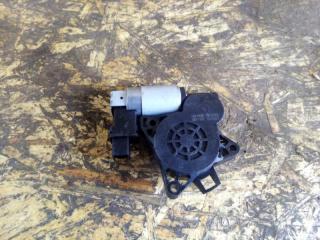 Запчасть мотор стеклоподъемника mazda 3