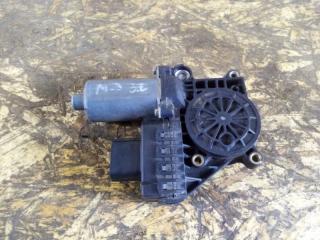 Мотор стеклоподъемника задний левый Ford Mondeo 3