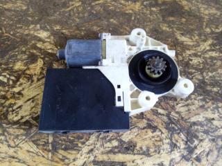 Мотор стеклоподъемника передний правый Ford Focus 2