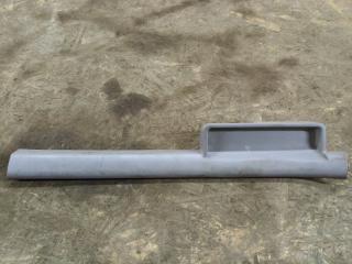 Запчасть накладка на порог передняя левая Nissan Almera N16