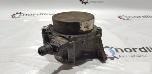 Запчасть вакуумный насос Volkswagen Passat B6 2007