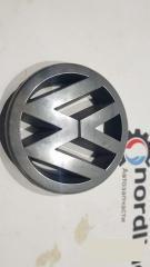 Запчасть эмблема Volkswagen Passat