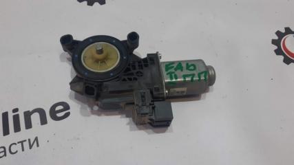 Запчасть мотор стеклоподъемника передний правый Skoda Fabia 2 2008
