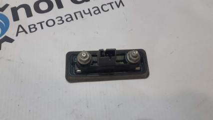 Кнопка крышки багажника Fabia 2 2008 Combi 1.2 BZG