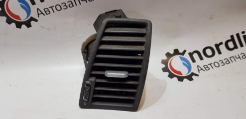 Запчасть дефлектор обдува передний правый Volvo XC90 2003