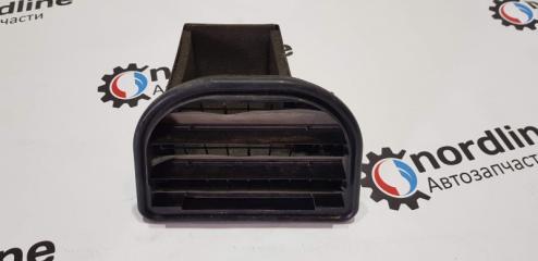 Запчасть решетка вентиляционная левая Volvo XC90 2003