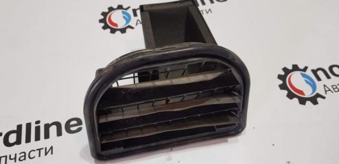 Запчасть решетка вентиляционная правая Volvo XC90 2003