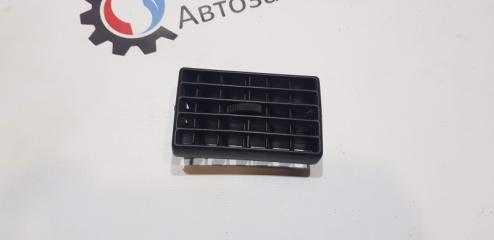 Запчасть дефлектор обдува Audi 80 B4 1991