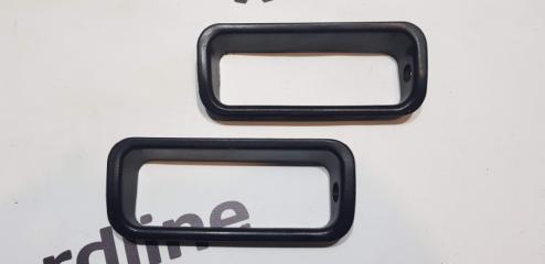 Запчасть накладка ручки внутренней Audi 80 B4 1991