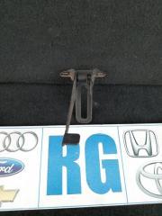 Запчасть ручка открывания капота Toyota Avensis 3 2010